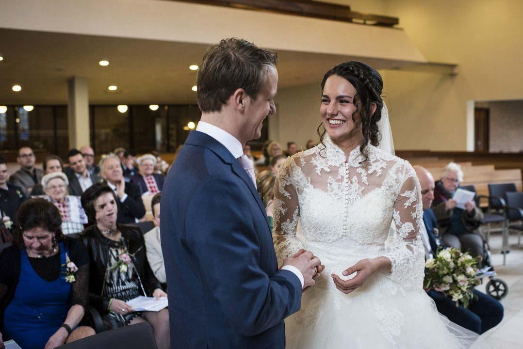Bruiloft in kerk