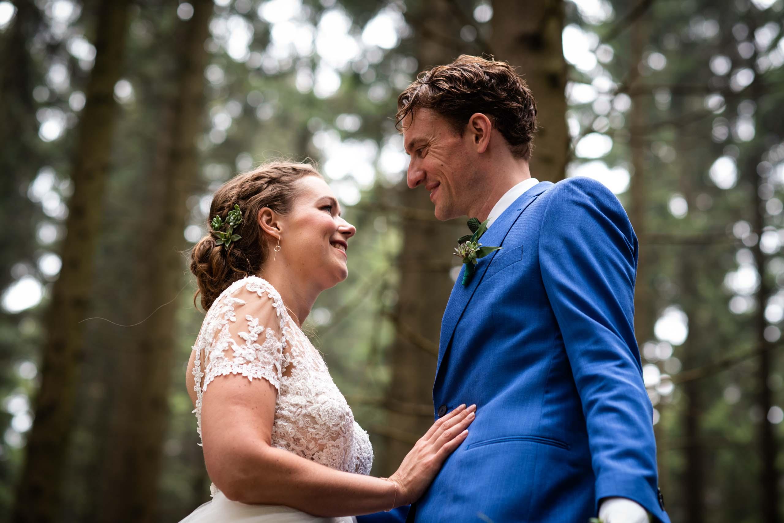 trouwen in het bos fotoshoot